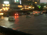 Flooded_kamogawa